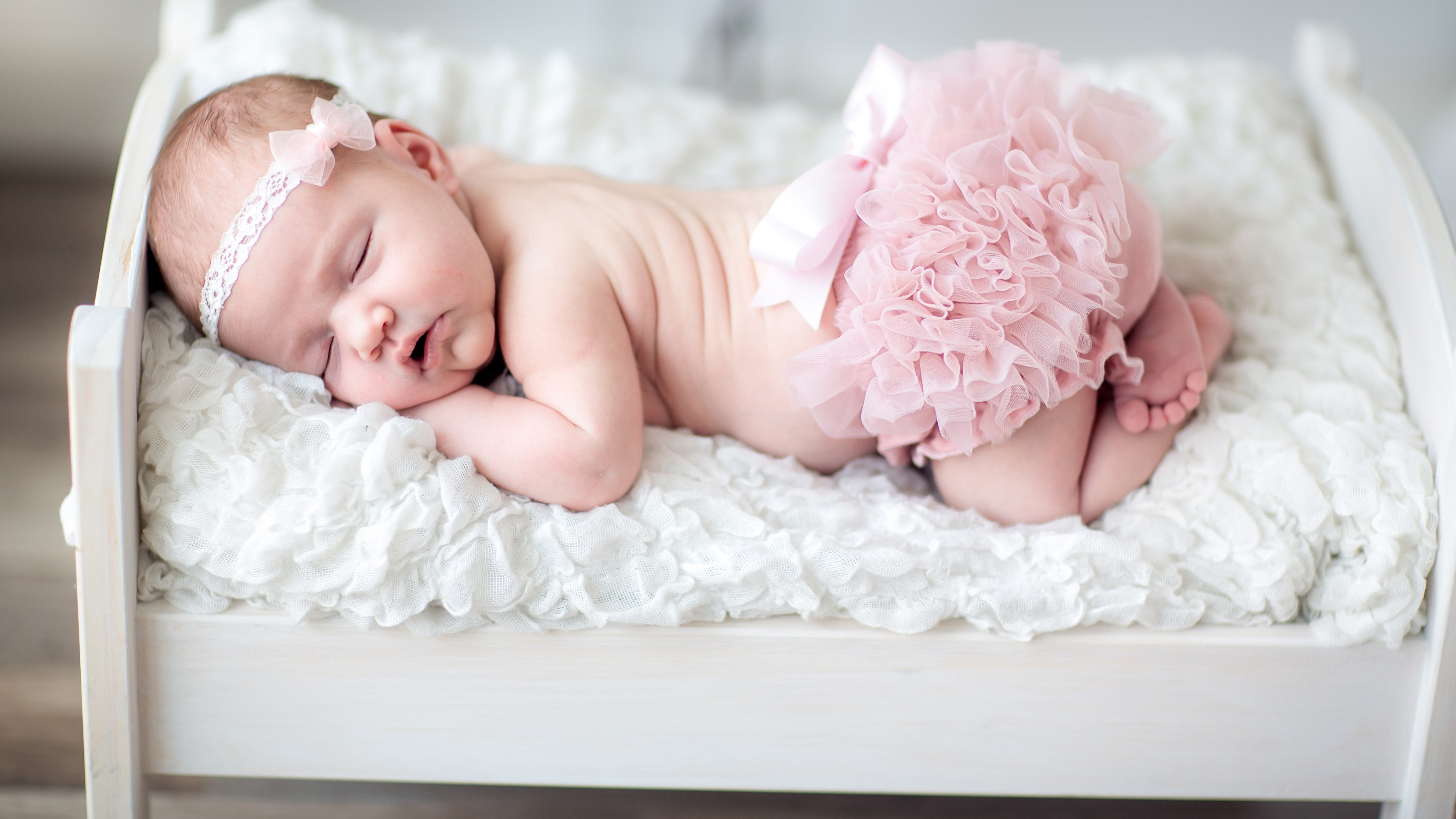 newborn-baby-wallpaper-for-android-To-Download-Wallpaper